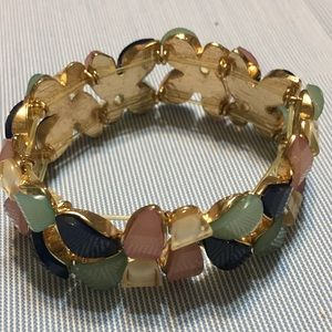 Bracelet with artificial stones